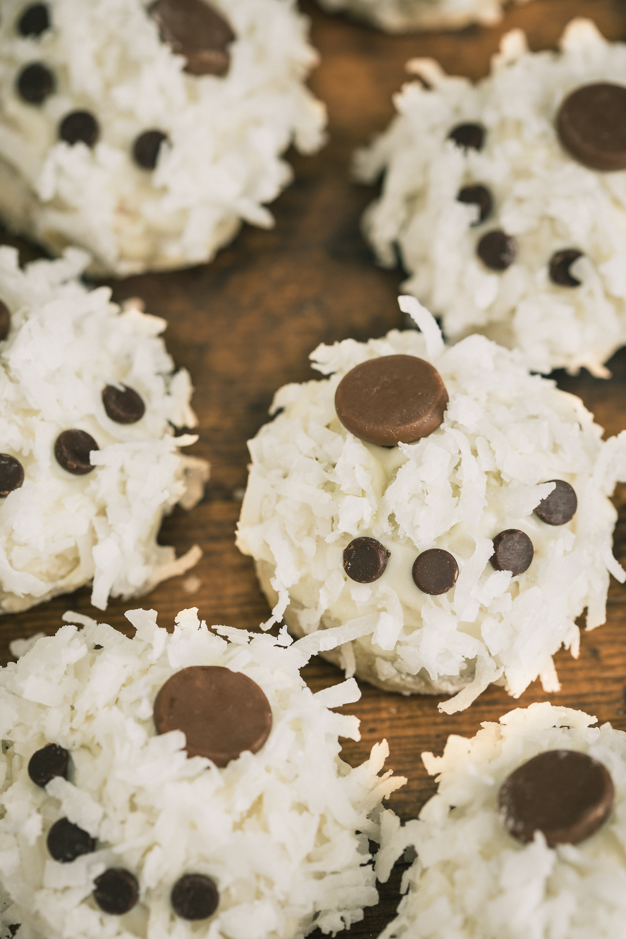Polar Bear Paw Snowball Cookie