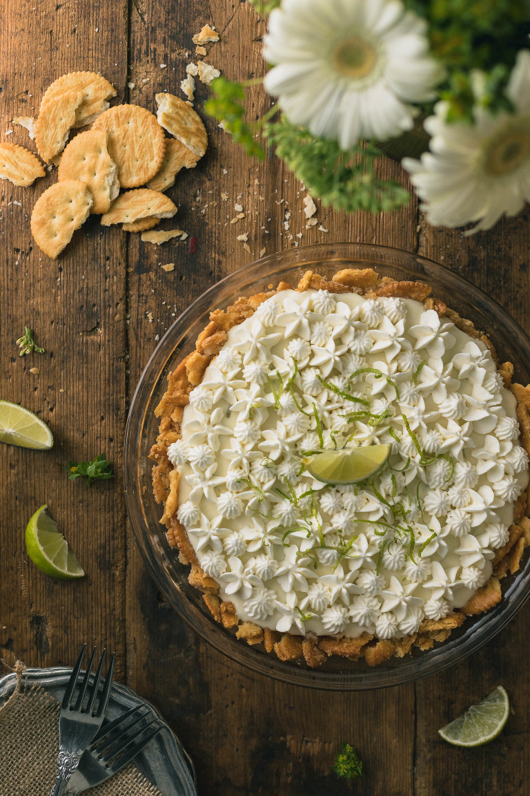 No Bake Margarita Pie With Ritz Cracker Crust The Road